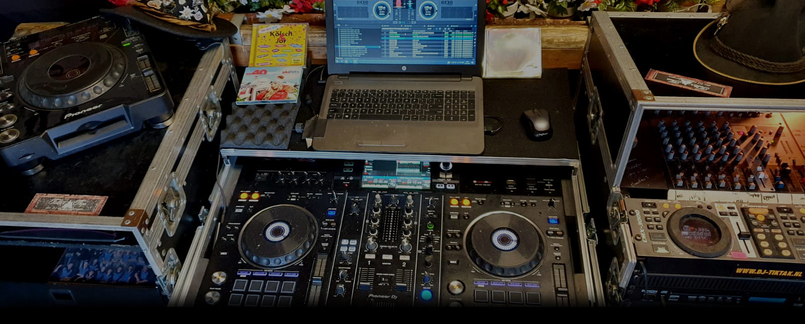 DJ Toller Theo